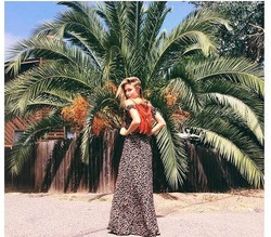 The Riviere Agency Secures Fashion Influencer Posts for Hip Handbag Brand