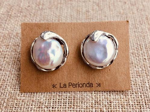 Pendientes artesanos con Perlas naturales en Plata .