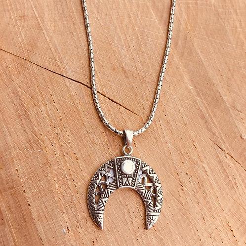 Colgante Luna con Nácar y cadena en Plata.