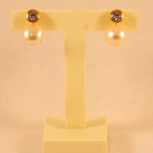 Pendientes Oro Amarillo y Perla Cultivada