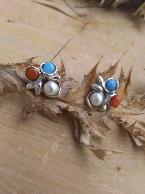 Pendiente plata con turquesa , coral y perla natural