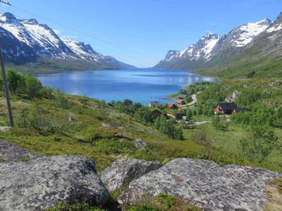 View of the famous Ersfjorden - one of the highlights of the Discover the Fjords of Kvaløya tour with The Green Adventure in Tromsø.