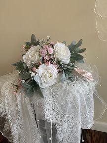 Pink & white bouquet.jpg