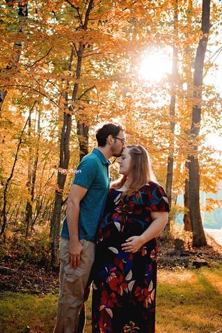 Fall Maternity Photos | Manitowoc Family Photographer