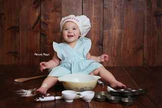 Charlotte | Baking Session | One Year | Manitowoc Childrens Photographer