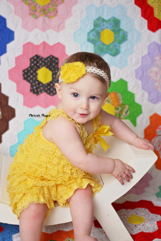 Fun Backdrops | 8 Month Milestone | Manitowoc Childrens Photographer