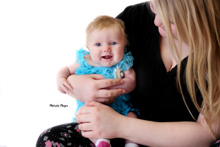 All of the Smiles! | Two Month Milestone | Manitowoc Childrens Photographer