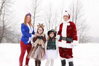 Christmas Costumes! | Manitowoc Family Photographer
