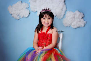 Yearly Milestones | Show off that smile! | Manitowoc Childrens Photographer