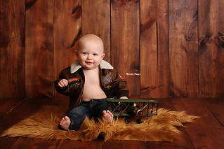 9 Month Milestone | Manitowoc Childrens Photographer