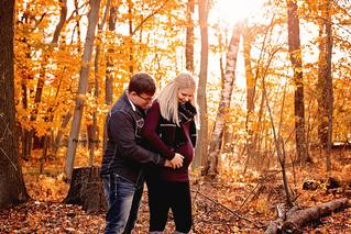 Fall Maternity | Manitowoc Family Photographer