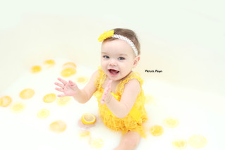 Milk Baths! | Manitowoc Childrens Photographer