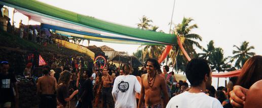 GOA-Party,-GOA-INDIA-1995-Ran-Mor-MorVis