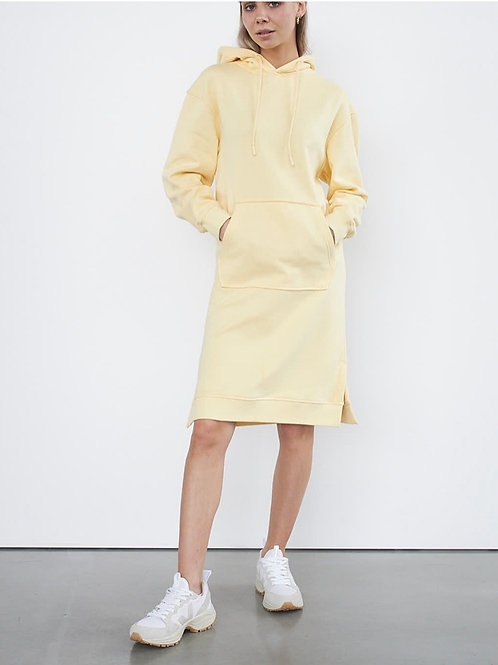 STYLESTORE Svea Sweat Dress sand yellow