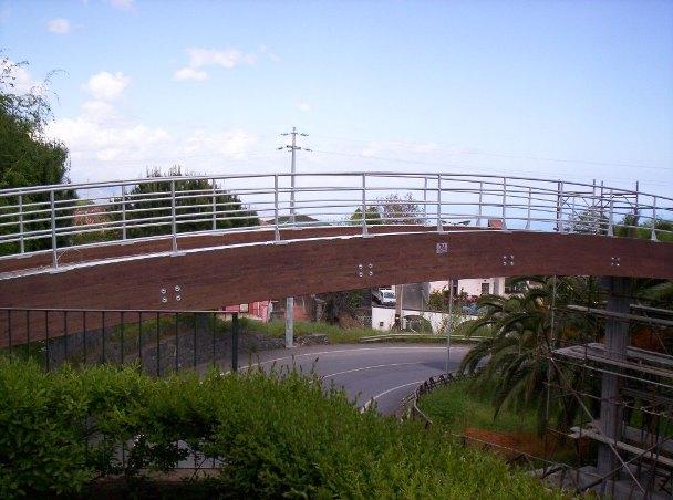 ponte in legno lamellare.JPG