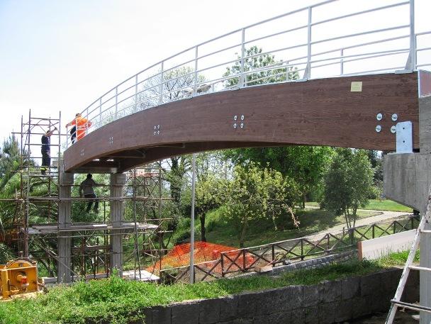 ponte in legno.JPG