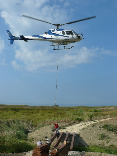 sollevamento  elicottero