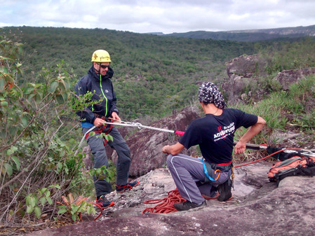 Rappelling Cave-Lapao