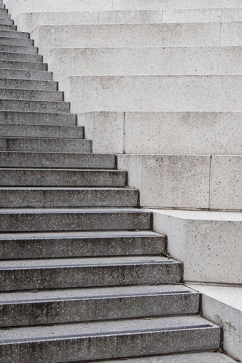 gray-and-white-concrete-staircase-370767
