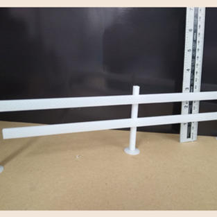 2 rail fence & posts (with bases)