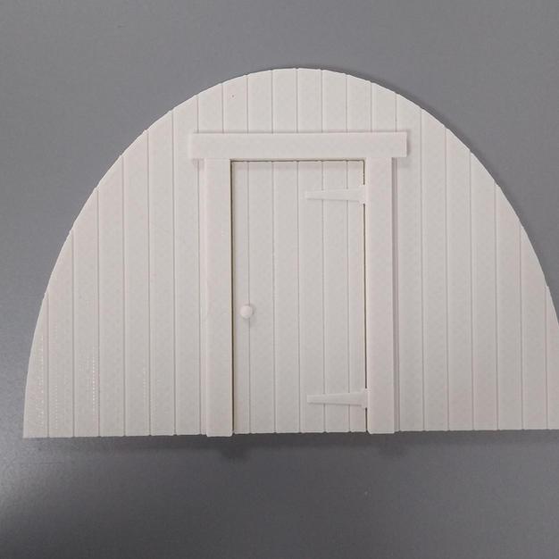 Tin Hut - Timber Front