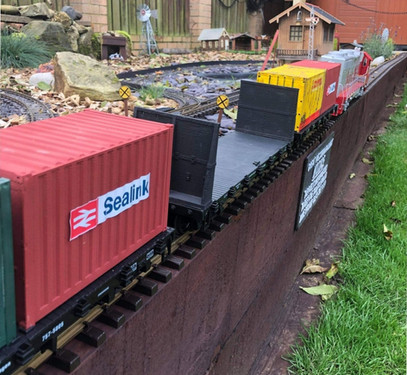G scale Containers and Bulkheads