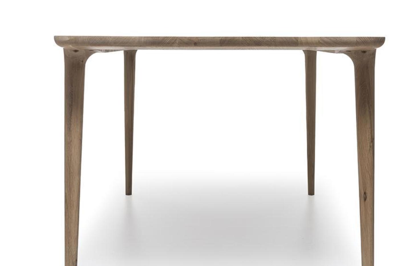 New York Table