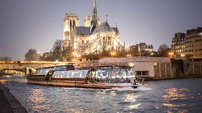 Bateaux Parisiens.jpg