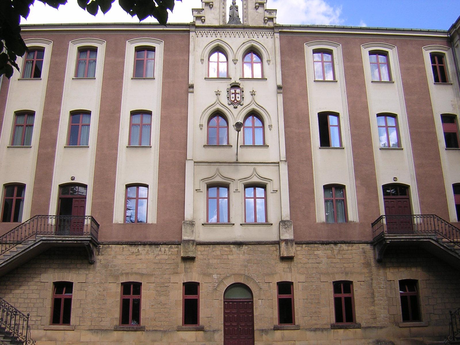 Amorebieta - Colegio
