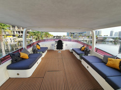 Flybridge Seating Area
