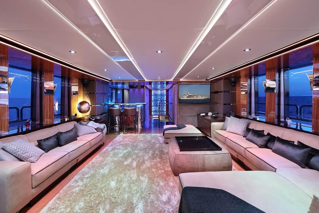Upper Deck Salon