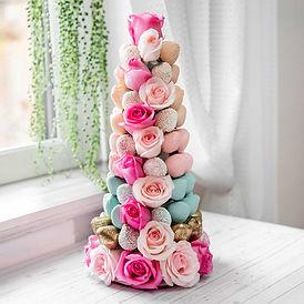 chocolate-strawberries-tower-for-wedding.jpg