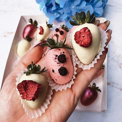 25 Strawberries | Design will vary