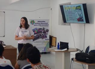 Palestras no ciclo de oficinas profissionalizantes da Uninabuco