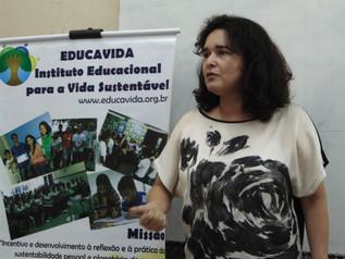 Escola Estadual de Referência Benedito C. Melo com palestra ampliada