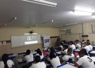Escola Assis Chateaubrian em Brasília Teimosa recebe palestra do Educavida