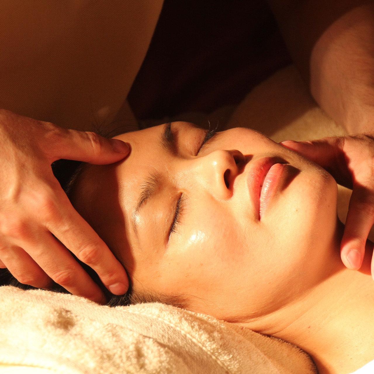 Massage Pu Tong An Mo du visage (30 min)