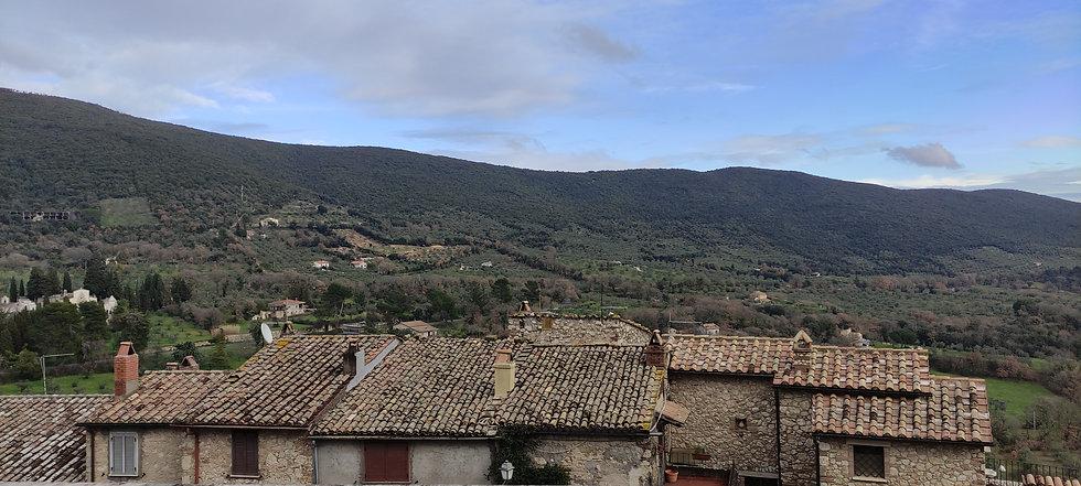 borgo lugnano in teverina italia umbria cuore verde vista panorama museo civico antiquarium grande guerra poggio gramignano collegiata