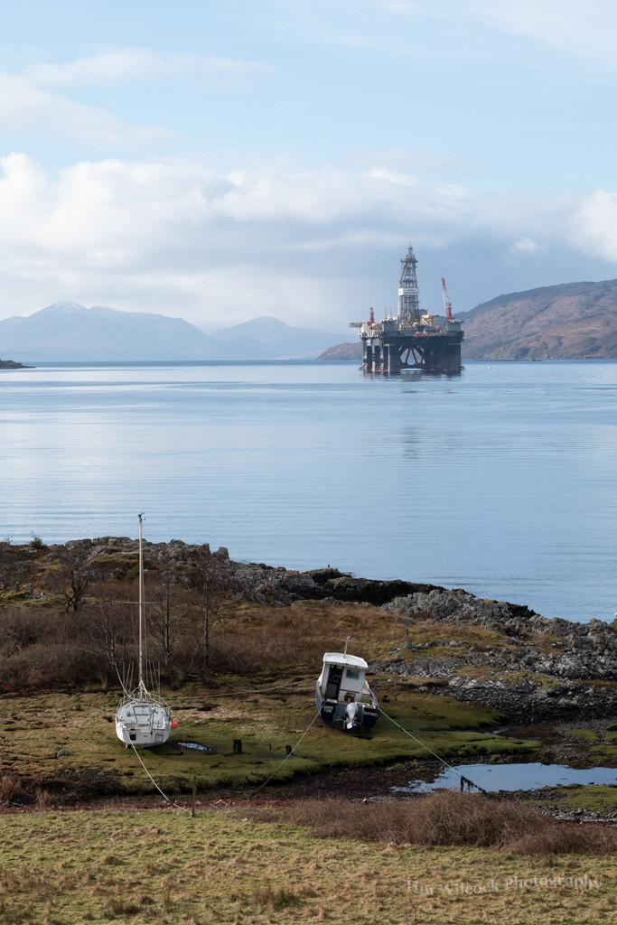 Oil rig being prepared for service at Kishorn