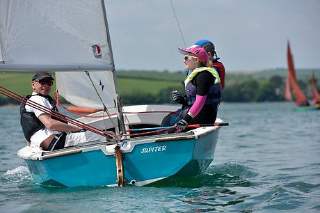 salcombe dinghy sailing.jpg