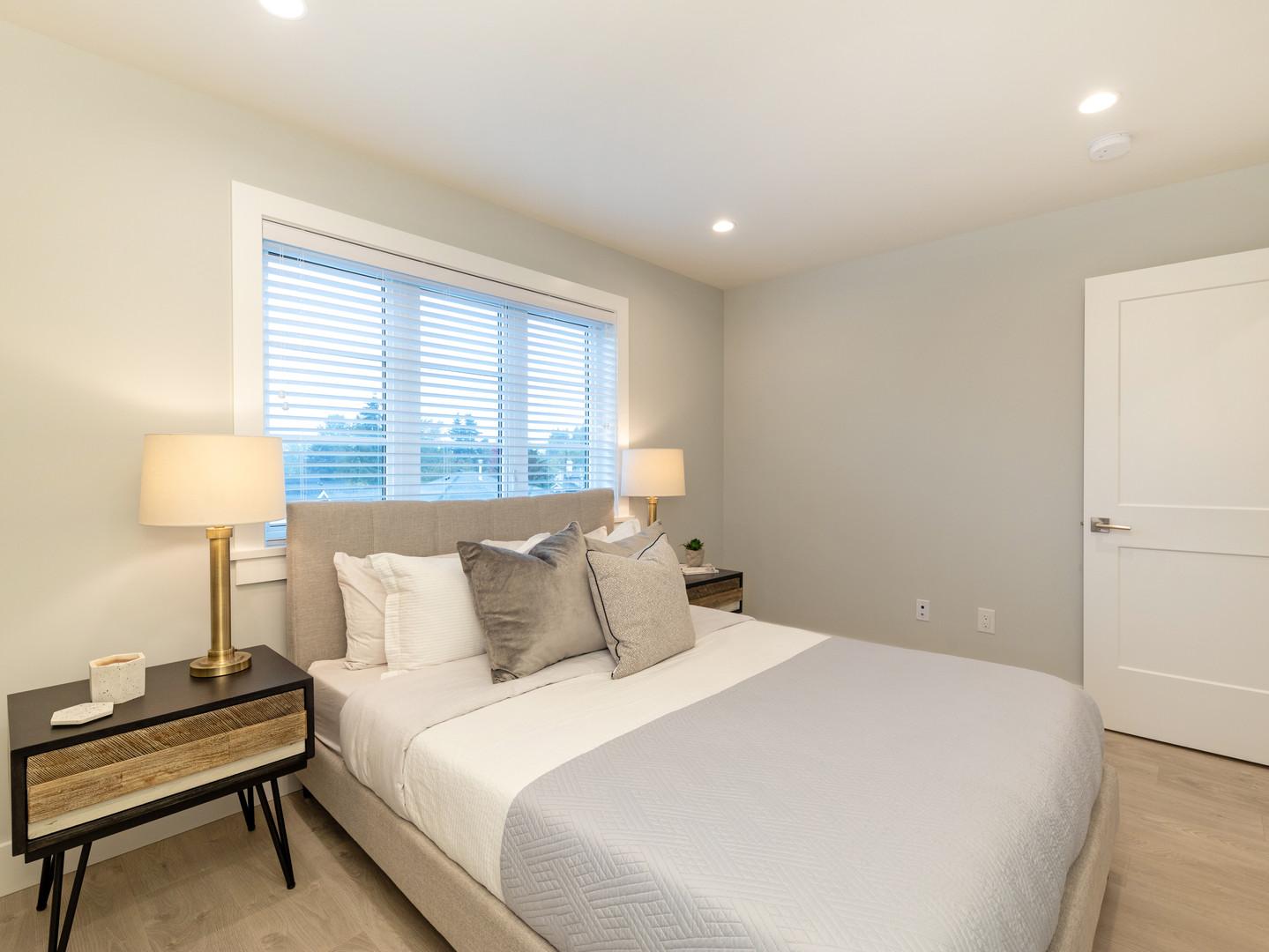Master Bedroom in Villa Bleu Townhome