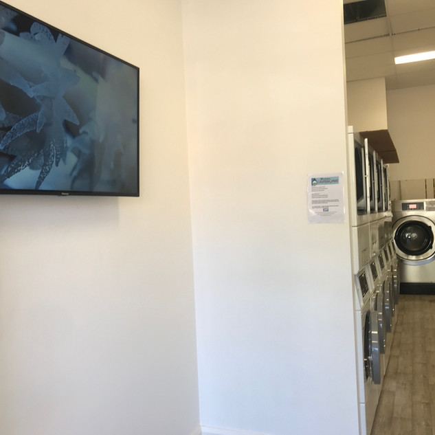 Broome Laundromat TV2.jpg