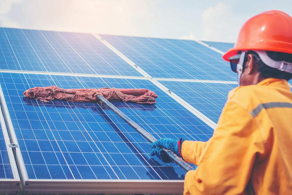 mantenimiento_paneles_solares