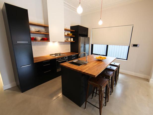 M-kitchen2.jpg