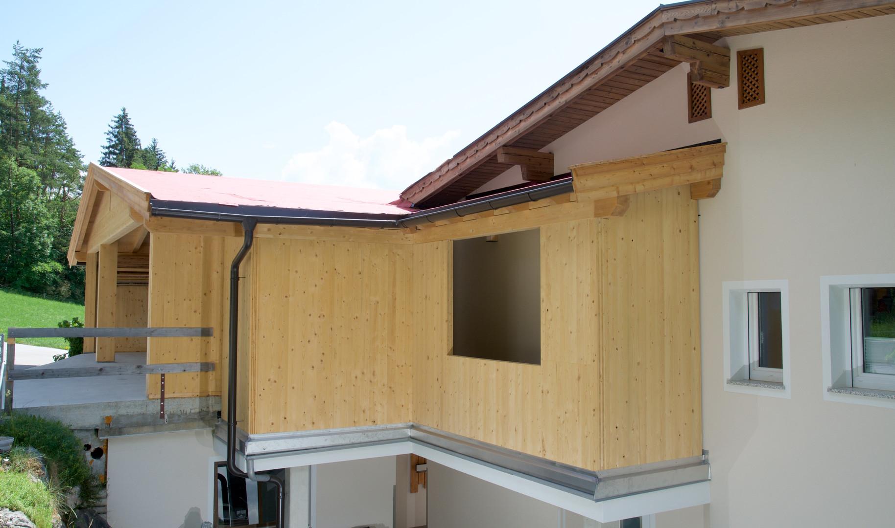 Garage mit Windfang Eingang