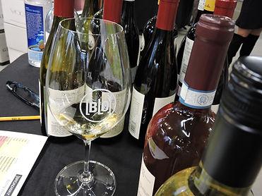 italian wine sampling