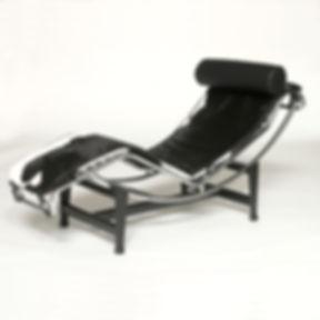 Le-Corbusier-LC4-Chaise-Longue-Cowhide-6