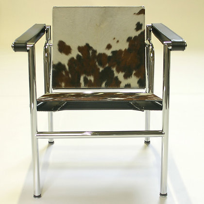 LC 1 Basculant Chair Cow hide