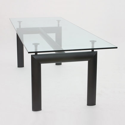 DINING TABLE LC6