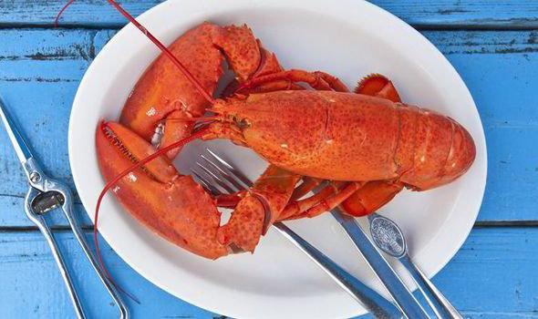 Live Lobsters 1.25-1.5 lb each (price per lb)